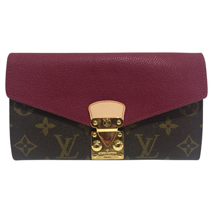 "Louis Vuitton ""Pallas Monogram Canvas"""