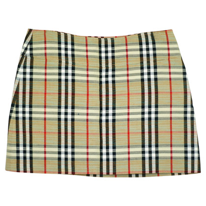 Burberry skirt with Nova check pattern