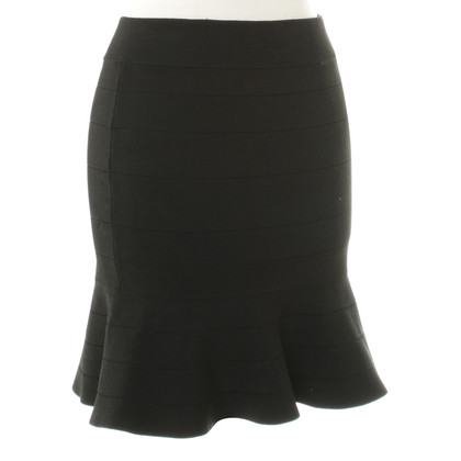 Karen Millen Feminine skirt in black
