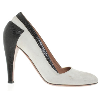 Alaïa Pumps in Nude/Schwarz