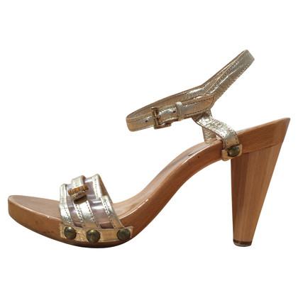 Ferre sandali con plateau