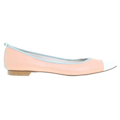 Escada Ballerina's in abrikoos / wit