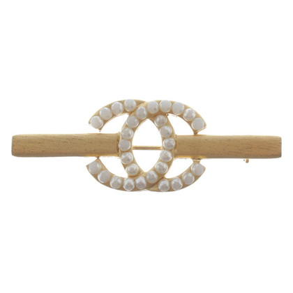 Chanel Gold colored brooch