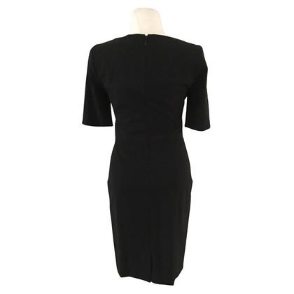 Hugo Boss black shift jurk