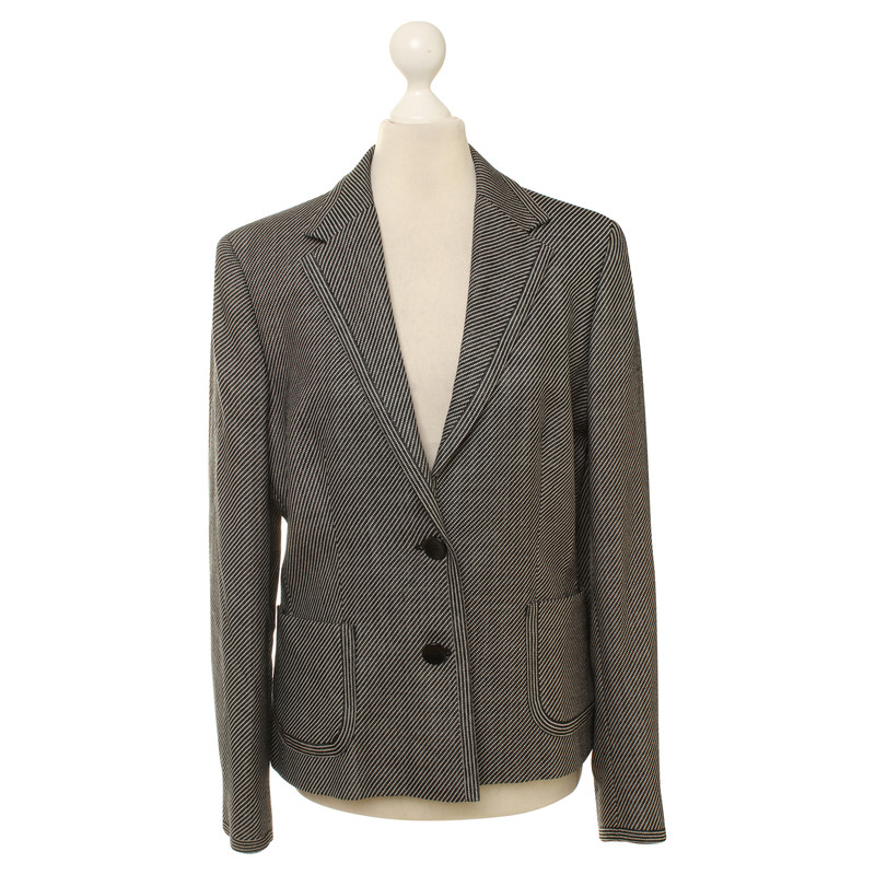 Max Mara Blazer in black and white