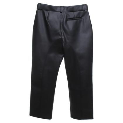 Self-Portrait pantalon en cuir imitation en noir