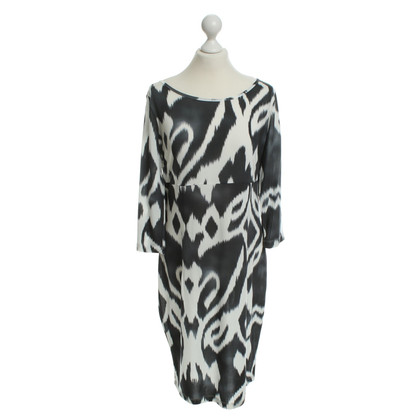 Piu & Piu Jersey dress with pattern