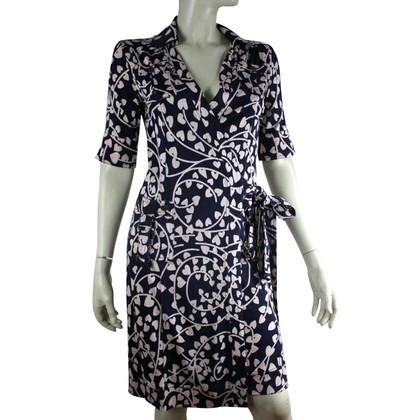 Diane von Furstenberg Avvolgente abito di seta, taglia 6 (piccolo)