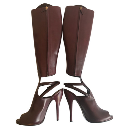 Gucci Bordeaux leather heel boots