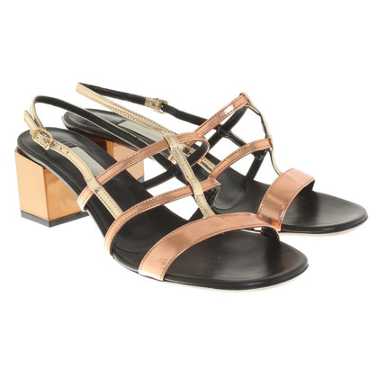L'autre Chose Patent leather sandals
