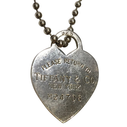"Tiffany & Co. Necklace with ""Return to Tiffany"" -pendant"