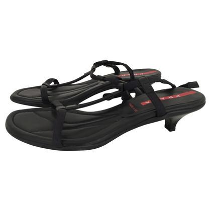 Prada Sandaletten mit Kitten Heels