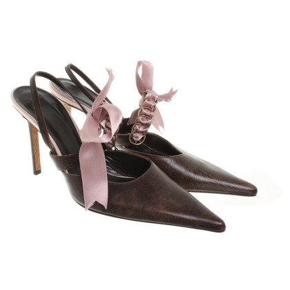 John Galliano pumps met violette strik