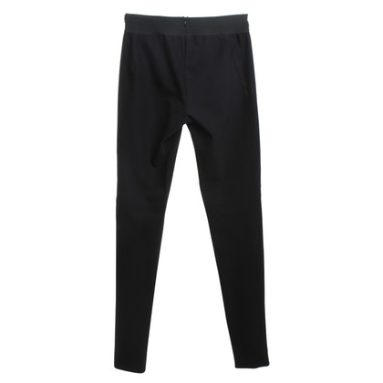 Stella McCartney Pantaloni in look biker