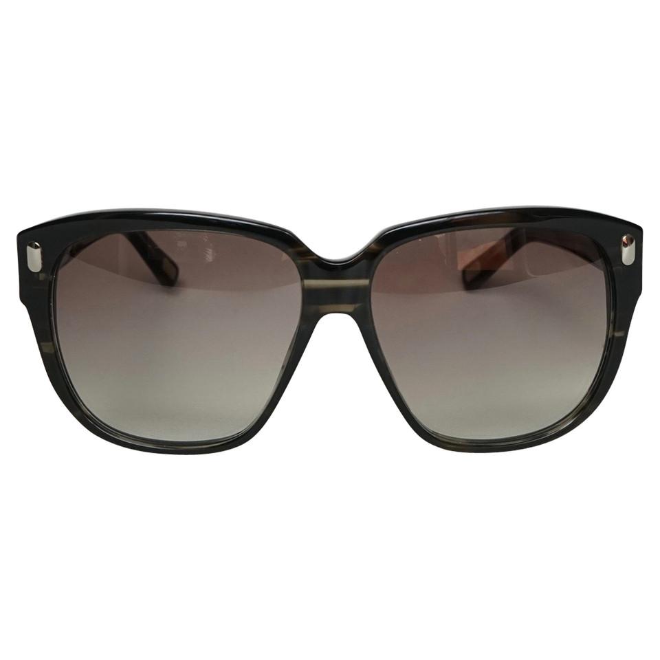 marc jacobs quadratische sonnenbrille second hand marc jacobs quadratische sonnenbrille. Black Bedroom Furniture Sets. Home Design Ideas