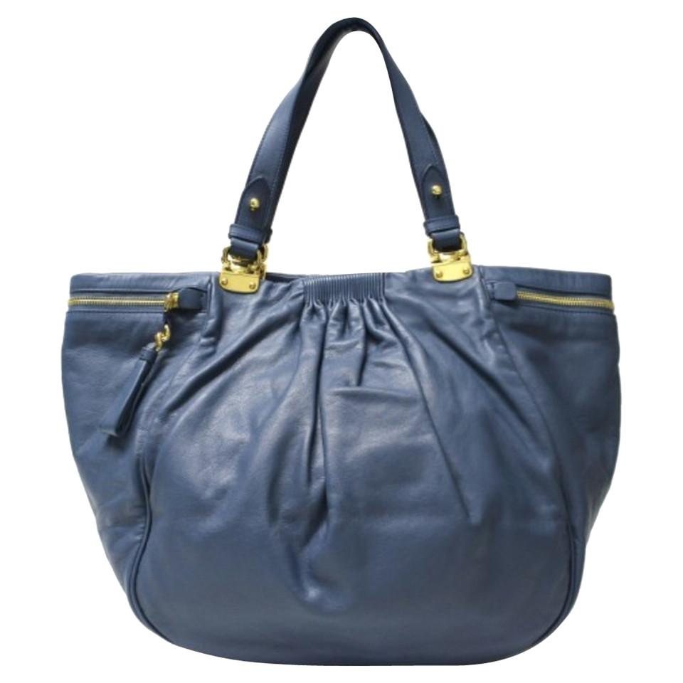 miu miu handtasche second hand miu miu handtasche gebraucht kaufen f r 794 00 2558561. Black Bedroom Furniture Sets. Home Design Ideas