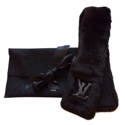 Louis Vuitton Mink scarf