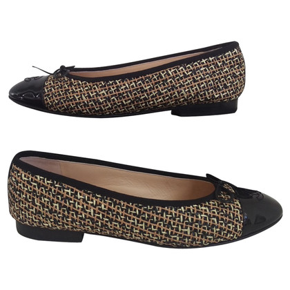 Chanel Ballerinas made of tweed