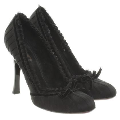 Louis Vuitton pumps in black
