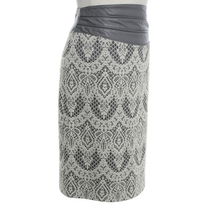 Aigner skirt with tip