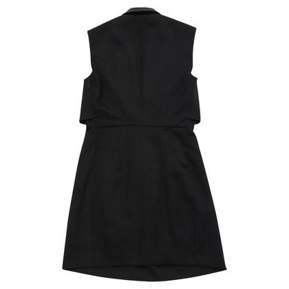 Yves Saint Laurent Vestito di nero