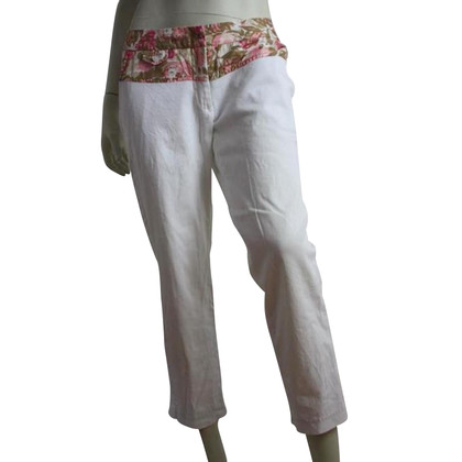 By Malene Birger Summer pants with flower details