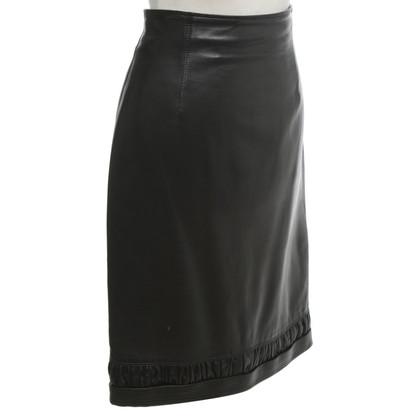 Gianni Versace gonna di pelle di colore nero