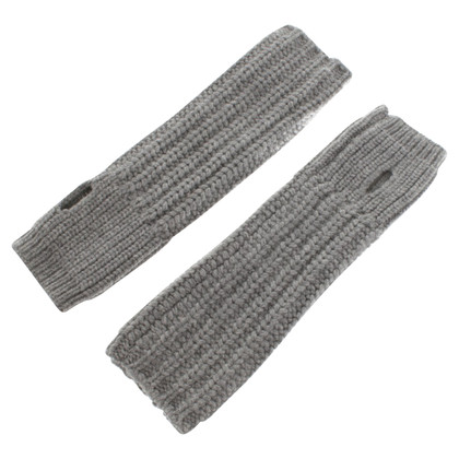 Stella McCartney Set from Cap & arm warmers