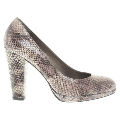 Stuart Weitzman Pumps in Reptilleder-Optik