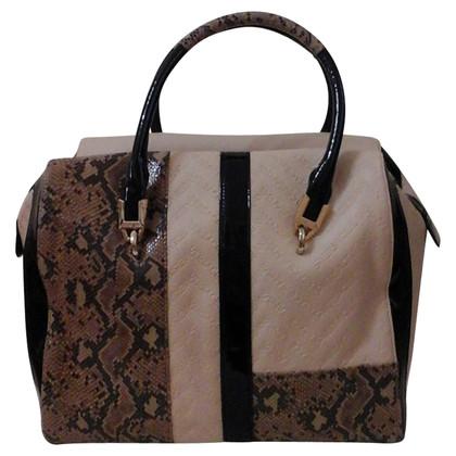 Versace Handtas gemaakt van een mix van materialen
