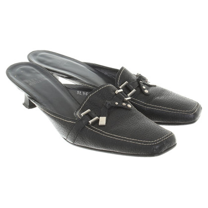 Stuart Weitzman Loafer in black