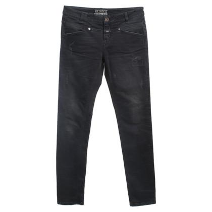 Closed jeans vernietigd
