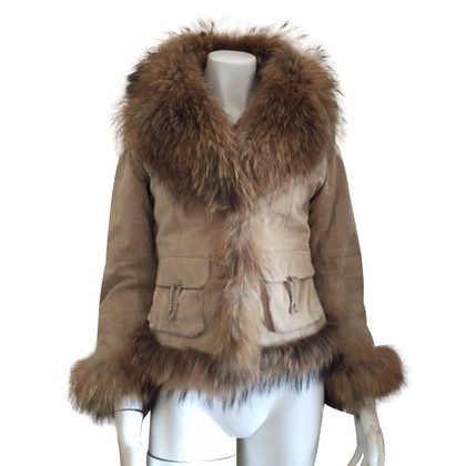 Oakwood suede jacket with fox fur