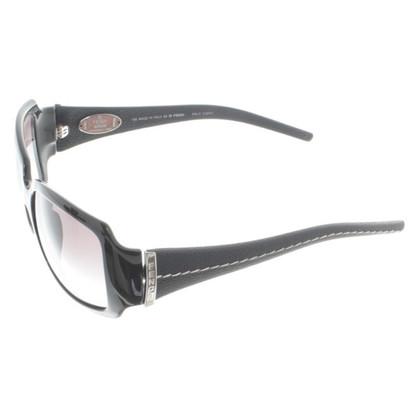 Fendi Sonnenbrille in Schwarz