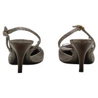 Chanel Escarpins en cuir de serpent