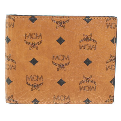 MCM Wallet with Visetos print