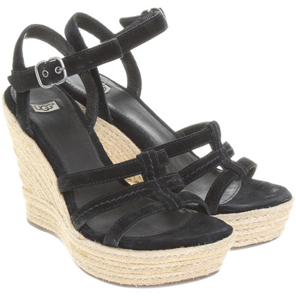 Ugg Wedges in Schwarz