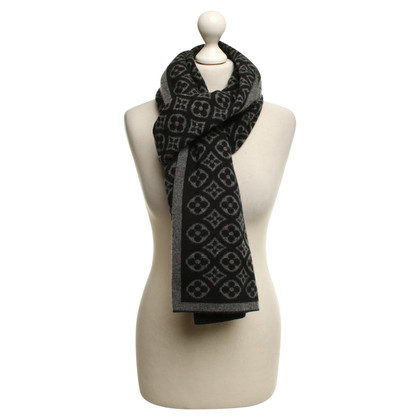 Louis Vuitton Scarf in cashmere