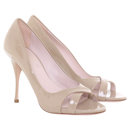 Miu Miu pumps in patent leather