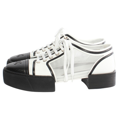 Chanel Lace-up shoe in black and white
