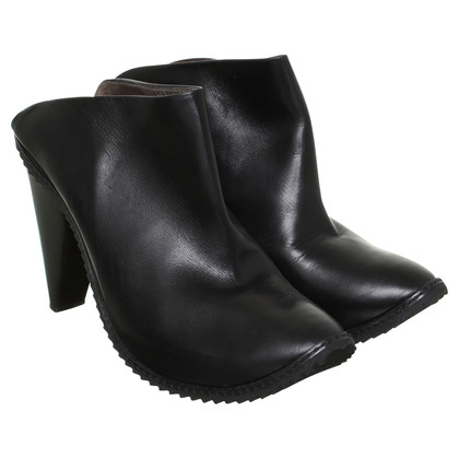 Walter Steiger Leather clogs in black
