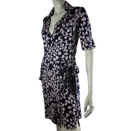 Diane von Furstenberg Silk wrap-around dress, size 6 (small)