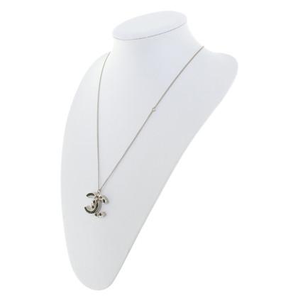Chanel Collana con pendente logo