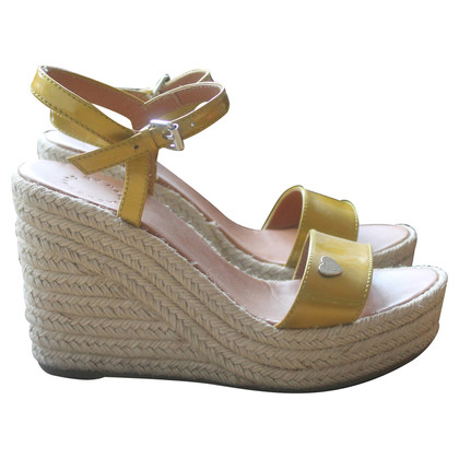 Marc Jacobs Yellow wedges