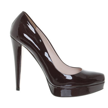 Miu Miu in pelle verniciata pumps