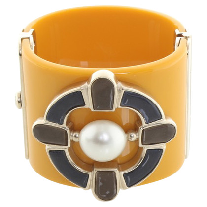 Chanel Bracelet in yellow