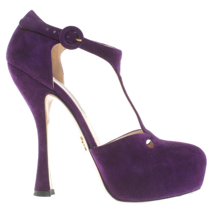 Prada pumps in violet