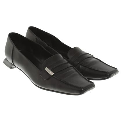 Chanel Slipper in black