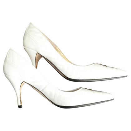 Versace pumps in cream-white
