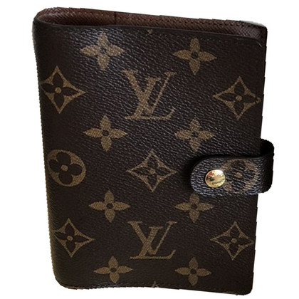 Louis Vuitton Agenda Monogram Canvas